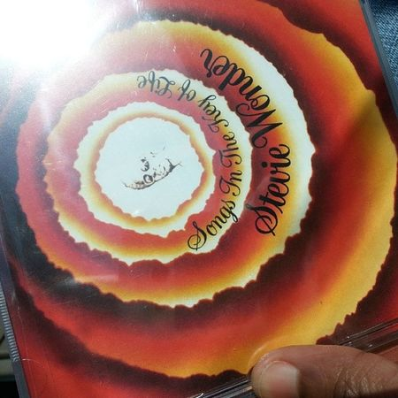 A gift to me that my brother went ecstatic over. StevieWonder SongsintheKeyofLife Great album
