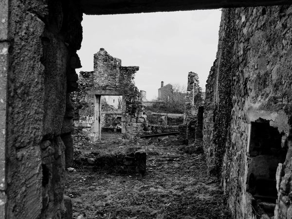 Oradour Oradour Sur Glane Ruined Destroyed Ruined Buildings War Bomb Damage France Memorial Urban