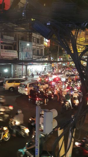 Traffic Jam Traffic Lights Traffic Traffic Jam In Saigon Taxi Nite Life ❤