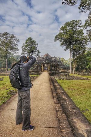 Angkor Wat, Kampuchea That's Me Hello World First Eyeem Photo Traveling Sony NEX Photography The Great Outdoors - 2015 EyeEm Awards On The Road