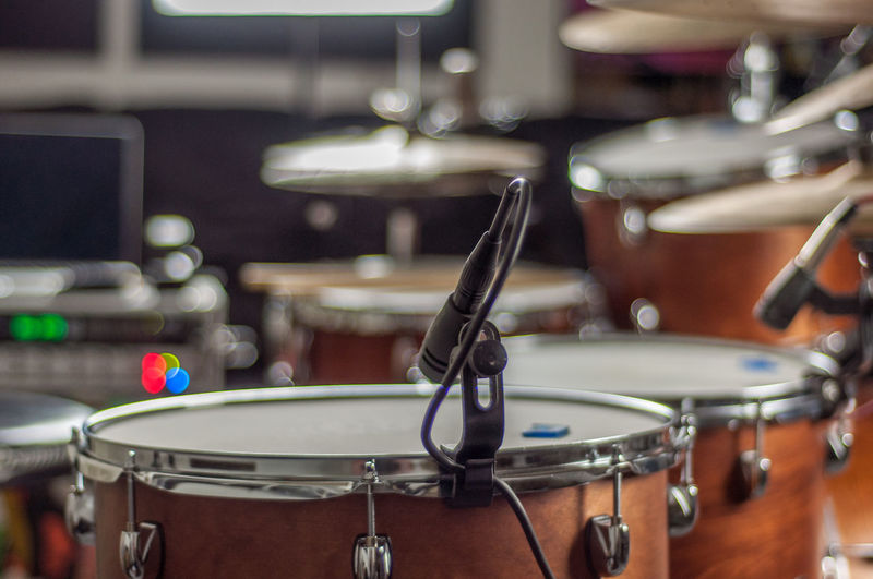 Drum Kit EyeEm Best Shots EyeEm Selects EyeEm Gallery EyeEmNewHere Arts Culture And Entertainment Audio Equipment Close-up Cymbal Drum Drum - Percussion Instrument Drum Kit Equipment Focus On Foreground Indoors  Input Device Microphone Music Musical Equipment Musical Instrument Percussion Instrument Performance Recording Studio