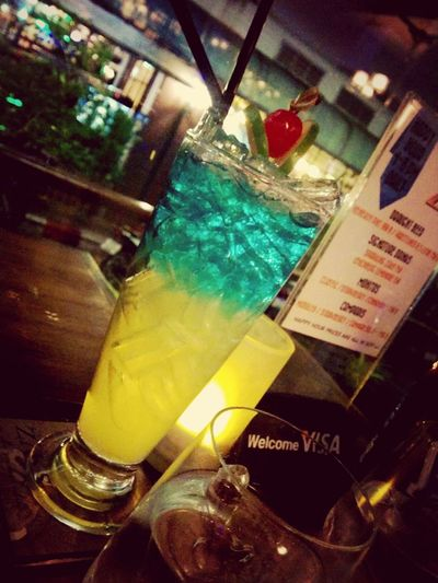 Just a colourful drink i had last week Drinks Cocktails Hanging Out Xxlalixx