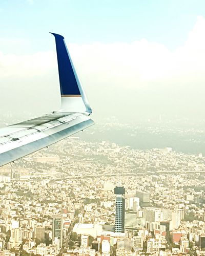 Landing Mexico City From An Airplane Window Plane Plane Wing Cityscapes City Skyline