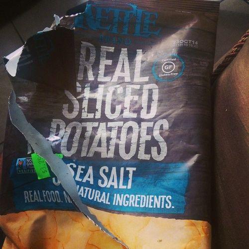 Baked Potatochips Realslicedpotatoes Seasalt nongmoprojectverified glutenfree kettlebrand