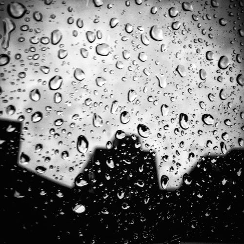 Drop Wet Water Backgrounds Full Frame Condensation No People RainDrop Textured  Liquid Pattern Close-up Indoors  Day Freshness English Summer Rainy Days Rain Follow4follow Blackandwhite Photography Depressing Day Eyemphotography Drink The Week On EyeEm