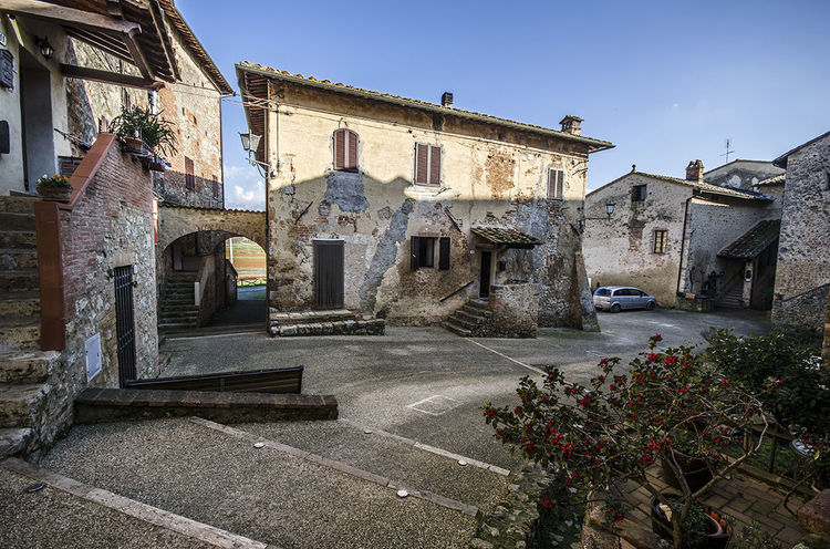 Travel Destinations Architecture Outdoors No People Day Building Exterior Arquitechture Medieval Village Arquitectura Medieval Toscana Italia Toscana