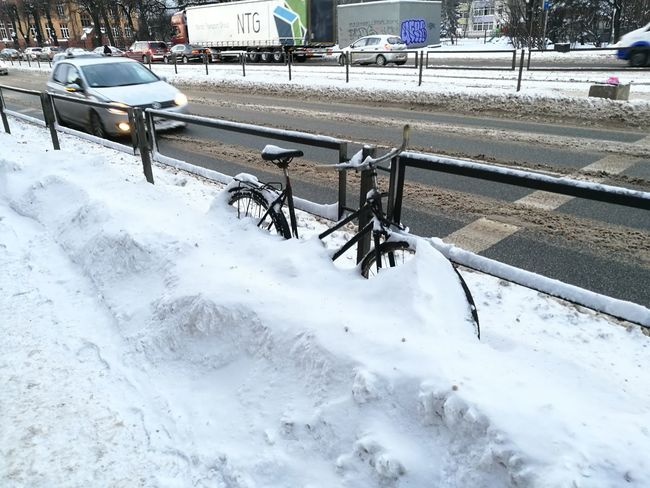 City Winter Cold Temperature Snow Bicycle Bicycle In Snow Burried In Snow Cycling In Snow Postapocalypse