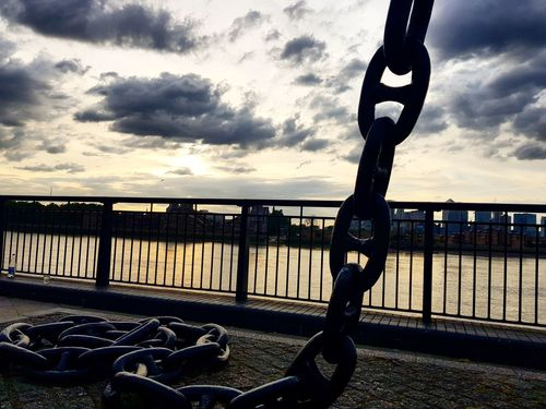 Anchor Greenwich Sunset_collection Sunset Silhouettes Dusk In The City London Citylife Cityscape London lifestyle Colour Cloudscape Cloud #anchor #chain Sea Hanging Beach Protection Wrought Iron Anchor - Vessel Part Anchored Iron