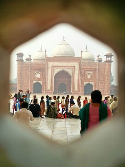 Taking Photos Of Tourists Oneplustwo Oneplusphotography Photographylover Amateur Photographer Agra India Tajmahal Being A Tourist Clicking Photos Of Tourists Traveling In India Historical Architecture Historical Monuments Travel Photography EyeEm Eye4photography  The Great Outdoors - 2017 EyeEm Awards The Street Photographer - 2017 EyeEm Awards