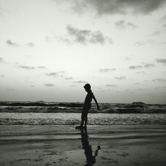 Beach Silhouette One Person People Sea Water Adult Full Length Sand Only Women Sky Child Day Outdoors Men Nature Young Adult Sportsman Walking On The Beach Camera Life Is My Life! Beachtime Childhood Standing FunnyMoments  Break The Mold