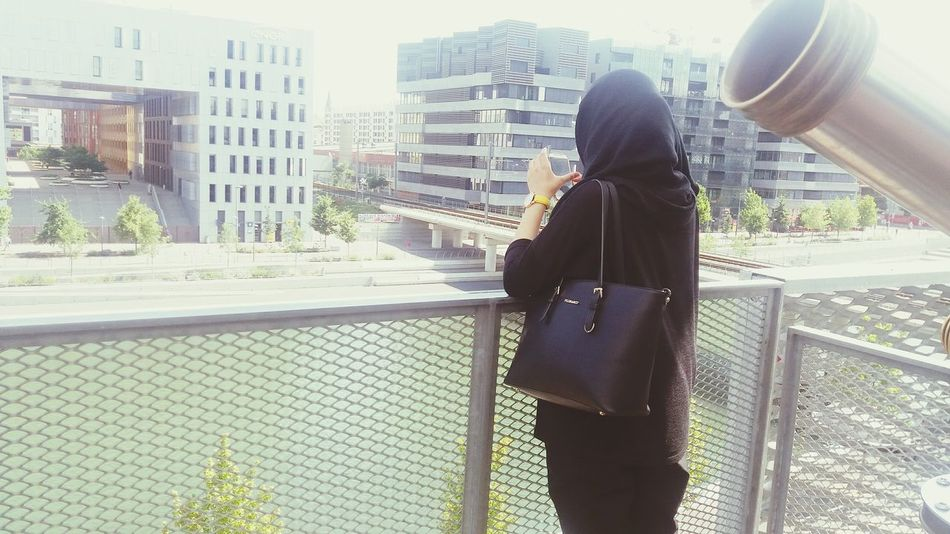 Beautiful Modern Stylish Hijabi Hijabista AllBlack Modern Architecture Taking Photos Hanging Out Check This Out Hello World Cheese! Enjoying Life Beautiful View River Mall Hijabstyle  Hijabfashion Muslimah Muslim Woman Muslim Girl Muslim Culture Muslimworld