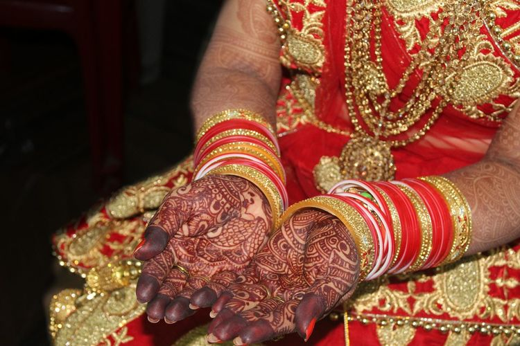 Human Hand Bride Bridegroom Wedding Dress Low Section Togetherness Women Sitting Life Events Bangle Newlywed Traditional Ceremony Wedding Ring Wedding Blessing Engagement Ring Finger Ring Henna Tattoo Wedding Vows Engagement Ring Couple - Relationship Married Wedding Ceremony My Best Photo