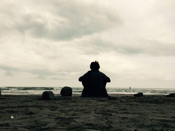 Relaxing Enjoying Life Taking Photos Rasht My Sister ❤ Beachphotography