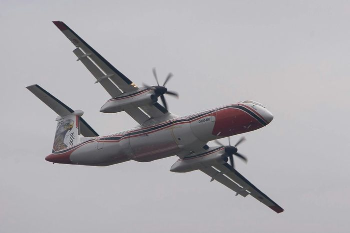 Dash 8 Bombardier Incendie Forest Pompiers Bomberos France Cestas Avion Photo Around You