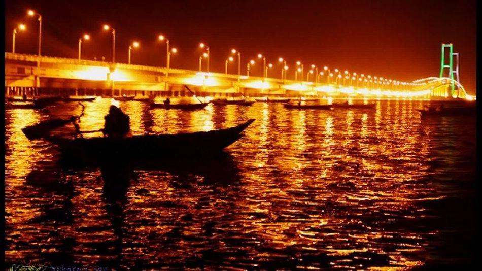 Suramadu Bridge BeautifulNight ❤️ I LoveIndonesia! Beautiful Place Maduraisland Enjoying Life