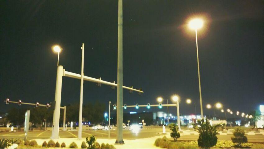Roadside LastNight :) I ❤ Qatar TreePorn