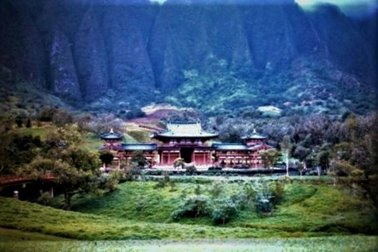 Architecture Beauty In Nature Buddhist Temple Byodo Inn Cliffs Nature No People Oahu, Hawaii Old Slide Restoration Outdoors Scenics Travel Destination Tree