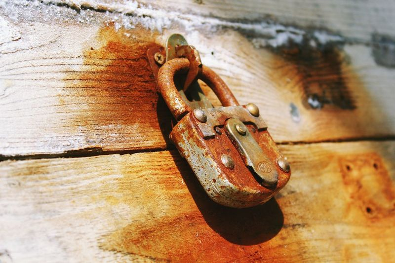 No People Close-up Wood - Material Day Rusty Outdoors Shadow Nautical Vessel Vintage Case Wooden Photography Photoart Rustic Style Rustic Wood Architecture Skg Urban Photography Mysterious Place Mysterious House Old Memories Tresure Locker EyeEmNewHere Focus On The Story