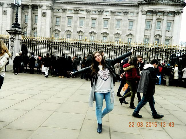 London Taking Photos Relaxing Hello World Buckingham Palace Joy