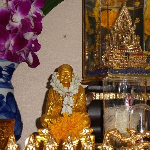 Buddha Monk  Pray Praying believing Buddhism faith bbkk beautiful_bangkok beautiful_siam loves_siam igersThailand Thai_igers Thailand_allshorts Thailand_allshots igworldclub webangkok bangkok_bigcity superb_shots