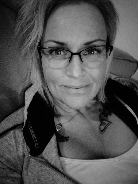 Little bit tired after yoga. 56days Fighter Worrier Sobriety  Stillfocus Nevergivingup That's Me Portrait Looking At Camera Close-up Front View Indoors  Eyeglasses  Smiling Starting Over Home