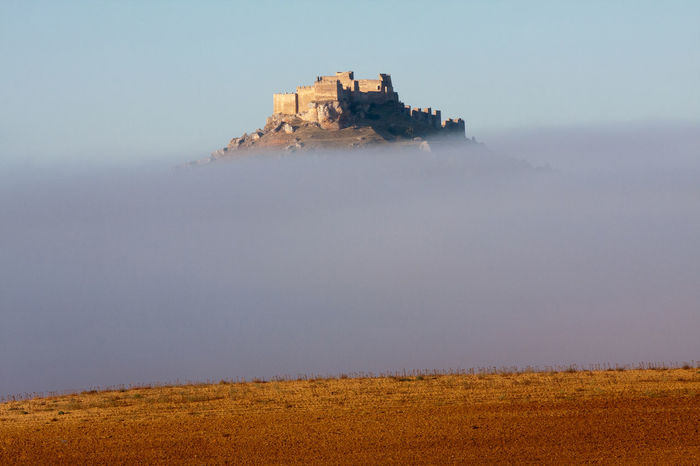 Castle Fog Gormaz Medieval Architecture Nature Outdoors Soria Foggy Foggy Morning Foggy Weather Foggy Day Horizon Over Land Landscape Landscape_Collection Landscapes With WhiteWall Landscape_photography Natur Old Buildings Castles Castle Ruin Castle View  Finding New Frontiers