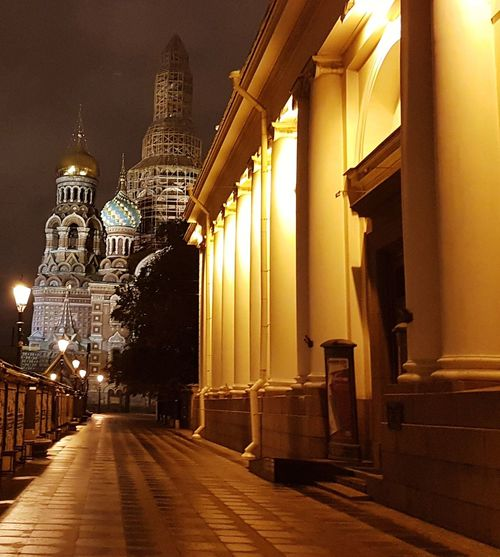 Church of the Savior on Blood, St Petersburg Санкт-Петербург Stpetersburg Saintpetersburg Russian Russia Temple Oldtown Architektur Architettura Buildings Building Arquitectura Arquitetura Iglesia Night Lights Faith Golden Golden Dome City Illuminated Architecture Built Structure Building Exterior Place Of Worship Cathedral Church Christianity Religion Spirituality