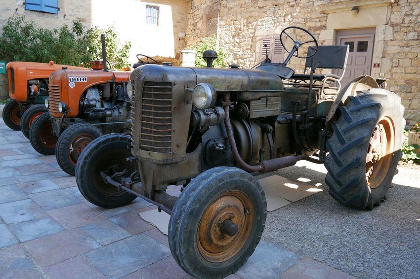 Fête des 4V à Sainte Radegonde Aveyron France Tractor Tracteur