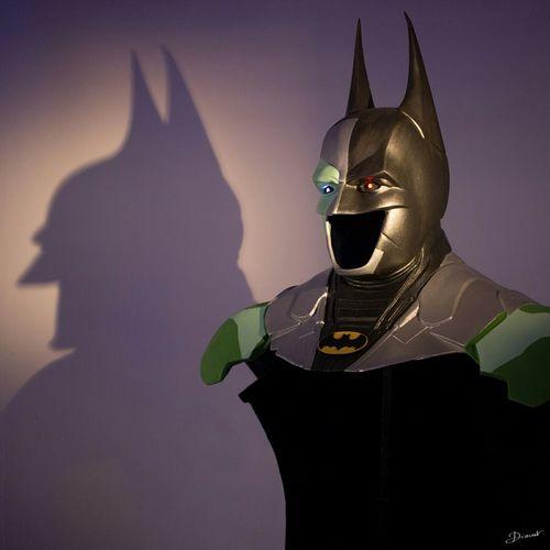 Exposition Sous Le Masque Et La Cape 6 rue Muller Maison Muller LastDay demain !! Venez si vous pouvez ☺ mon Batman est exposé !