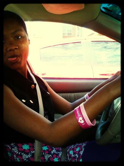 She driving !!!!!!!!!!!!!!!!