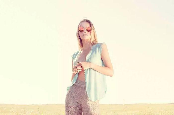 The Stylist - 2014 EyeEm Awards Sunny☀ Sunglasses Blond Girl