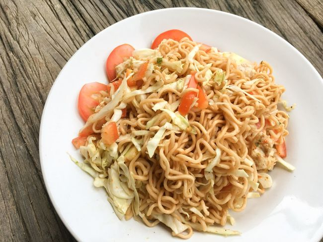 Cuisine Food And Drink Meal Spicy Close-up Day Delicious Dry Dry Noodles Food Food And Drink Freshness Healthy Eating Indoors  Italian Food No People Noodle Plate Ready-to-eat Table Tomato Tomatoes