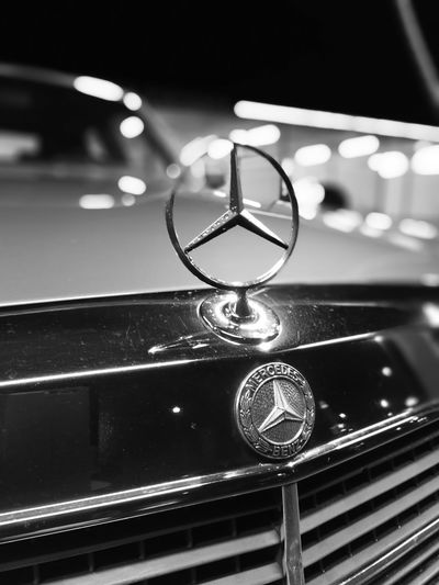 Indoors  Luxury Night No People Patina_perfection Black And White Photography Blackandwhitephotography Blackandwhite Car Cars Mercedes Mercedes-Benz Mercedesbenz Madeingermany W126 Bukeh Bukeh Photography Vehicle Vehicles Auto Automobile Automotive Autoshow Photography Photooftheday