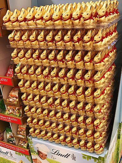 Bunny  Ostern Osterhase Osterhasen Easter Easterbunny Shopping ♡ Foodmarket Linde Schockolade EDIKA Nollendorfplatz Berlin Berlin Photography Süss EyeEm Gallery