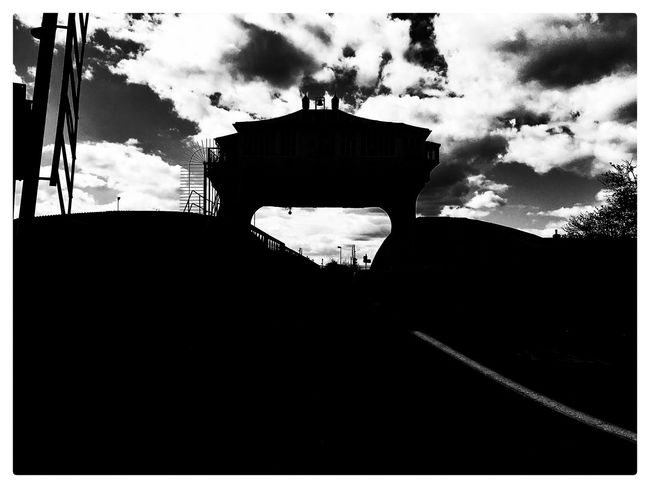 Hull Kingston Upon Hull River Hull Hull 2017 Hullcityofculture Silhouette Wilmingtonbridge Wilmington_bridge Wincolmlee IPhoneography IPhone 6s ShotOnIphone Mobiography Shootermag_uk Black And White Monochrome Blackandwhite Bridge Architecture Sky Clouds