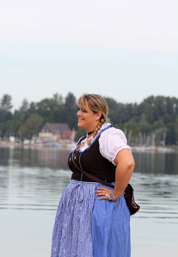 Adult Adults Only Blond Hair Bodensee Curvy & Beautiful Curvyisthenewsexy Day Dirndl Dirndlcotoure Dirndlkleid Leben Hat Gewicht One Person One Woman Only One Young Woman Only Only Women Outdoors People Plus Size Beauty  PlusSizeModel Seaside Sky Standing Traditional Clothing Xxl-mode Young Adult
