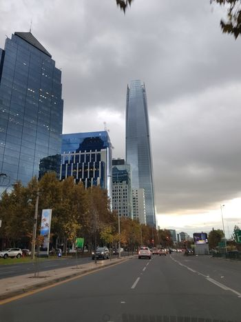 City of Glass 😍 Neighborhood Map City Building Sky And Clouds Skyscraper EyeEm Cloudy Day Cityscape Reflection Perspective Photooftheday No People Santiago De Chile