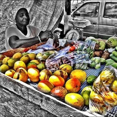 Fruits Mango Natureskingdom Nature Island_livity Islandlivity Islandlife Grenada Grenadainlife Instagramhub Instagram Tag Colourbound Colourporn Market Organic