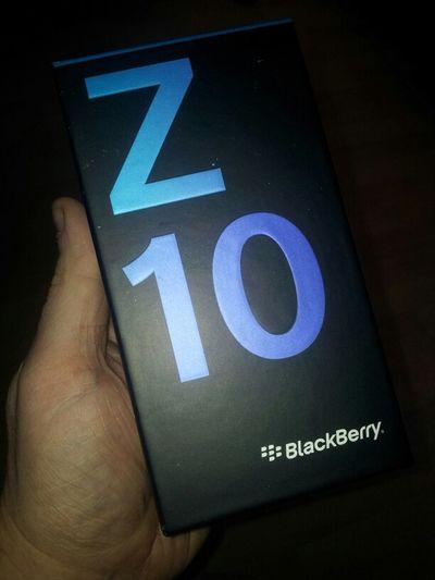 Gadgets Tech Blackberry POTD Bb10 Z10 Mobile Phone