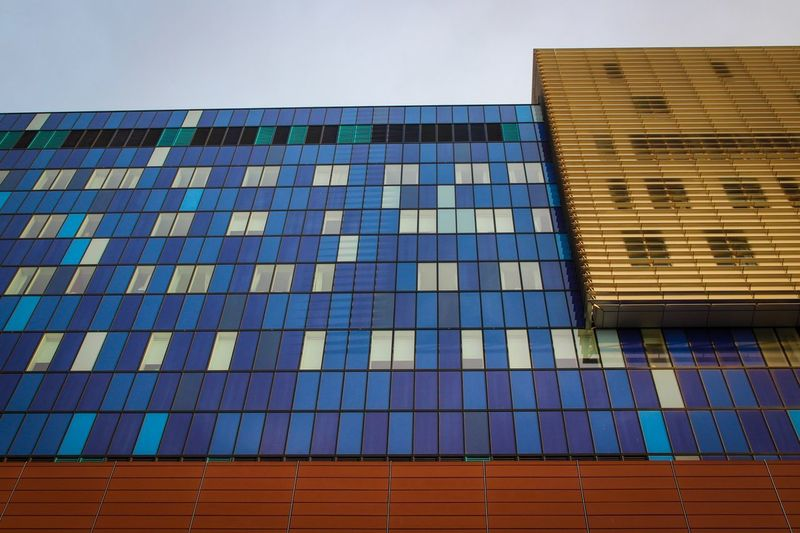 Royal London Hospital Built Structure Architecture Day Outdoors Building Exterior Blue No People Sky