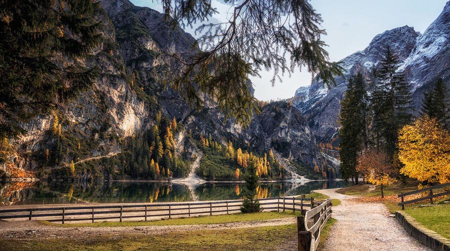 Autumn in Lago