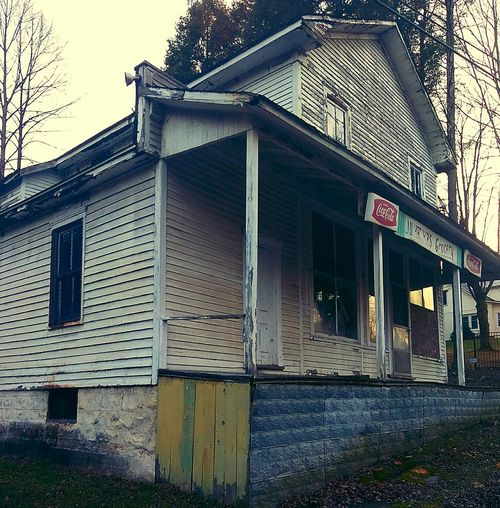 Building Exterior No People Outdoors Old Buildings Countryside Historic Americana Scenes General Stores
