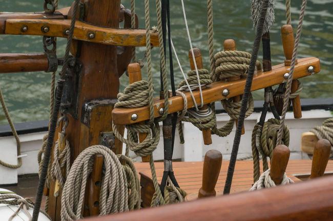 Seile Heikobo See Wasser Meer Nordsee Nordseeküste Seile Marítim Büsumer Hafen Historischer Hafen