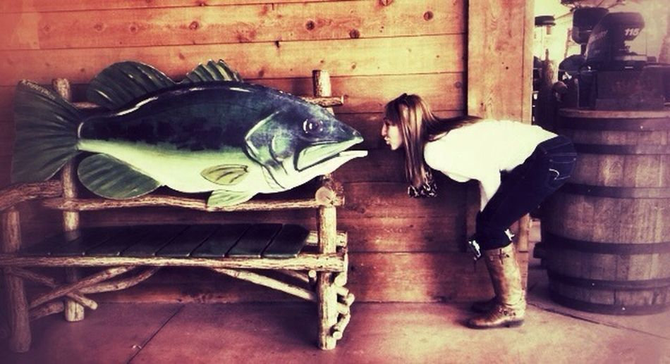 Good Times Fish Kisses Bass Pro