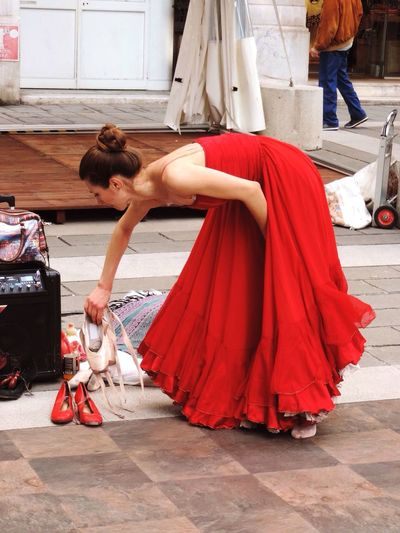 The Street Photographer - 2016 EyeEm Awards The Portraitist - 2016 EyeEm Awards EyeEm Best Shots The Ballet Dancer Street Performer Changing