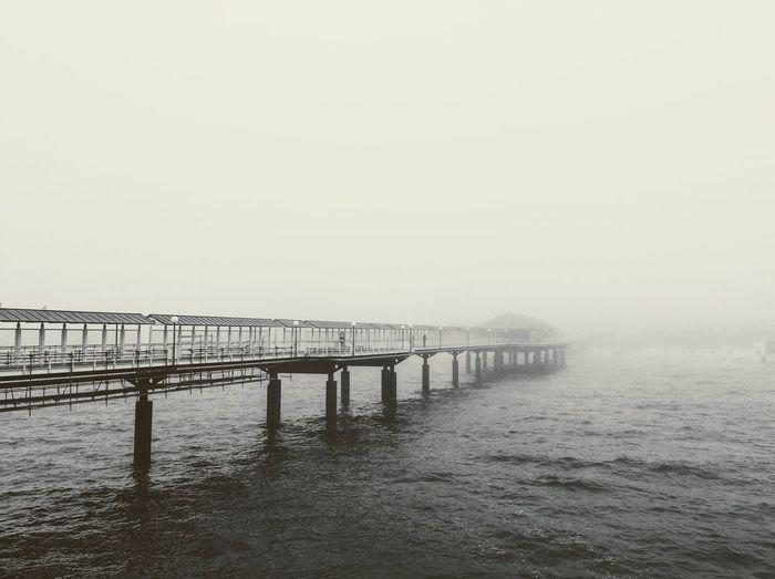 Seebrücke Heringsdorf. Meer Seebrücke Im Nebel Nebel