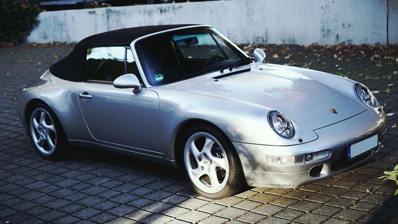 🔥993🔥 993 Porsche 911 Cabrio Youngtimer Oldtimer EyeEmNewHere First Eyeem Photo Luftgekühlt Boxer Car Transportation Day No People Outdoors