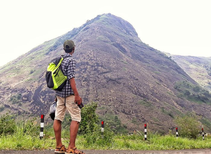 Wanderersoul Altitude Highrange Stone Wanderer Man Spraying EyeEmNewHere Summer Exploratorium Visual Creativity