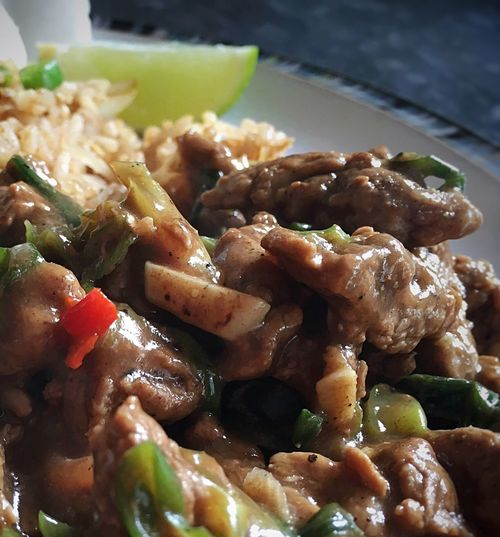 Chilli Beef & Ginger... Homemade Food Dinner Tonight Thai Food Ribeye Steak Chilli Ginger Stirfry Foodblogger Foodblog Foodphotography Food Porn Food Photography Foodie Foodgasm