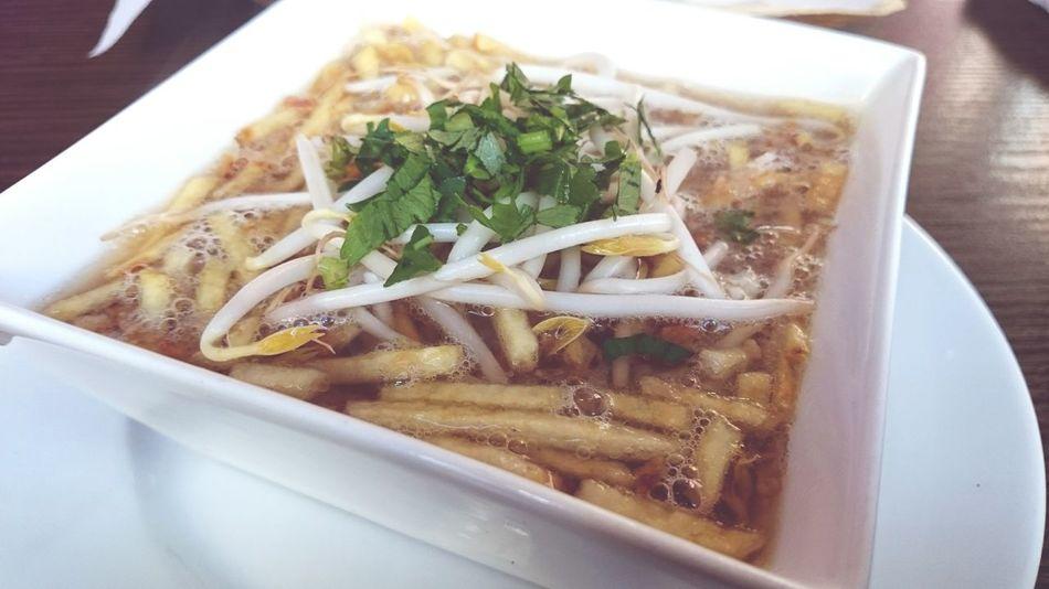 Esta noche Hving A Soup its Saoto Soup Foodspotting Food Photography
